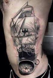 hình xăm thuyền vượt biển hợp mệnh mộc